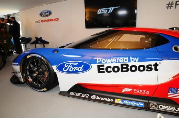 24-Heures-du-Mans-2015-Le-retour-de-la-Ford-GT-Photo-Patrick-Martinoli
