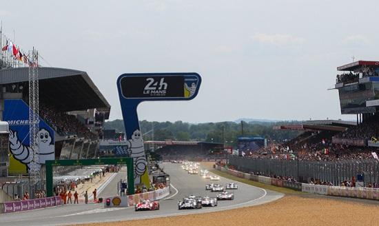 AFFICHE-des-24-heures-du-Mans-2015-a-tenu-ses-promesses.