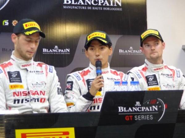 BLANCPAIN-2015-PAUL-RICARD-La-conférence-de-presse-des-vainqueurs-les-pilotes-de-la-NISSAN-GT-R-N°23