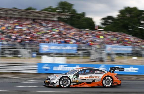 #6 Robert Wickens, Mercedes-AMG C63 DTM