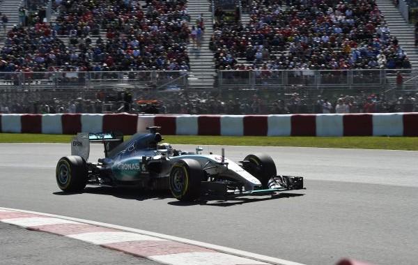 F1-2015-MONTREAL-VICTOIRE-pour-la-MERCEDES-de-LEWIS-HAMILTON