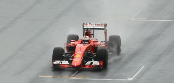 F1-2015-RED-BUL-RING-FERRARI-de-VETTEL.