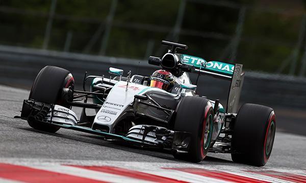 F1-2015-RED-BULL-RING-Essai-Mardi-23-juin-La-MERCEDES-de-Pascal-WEHRLEIN