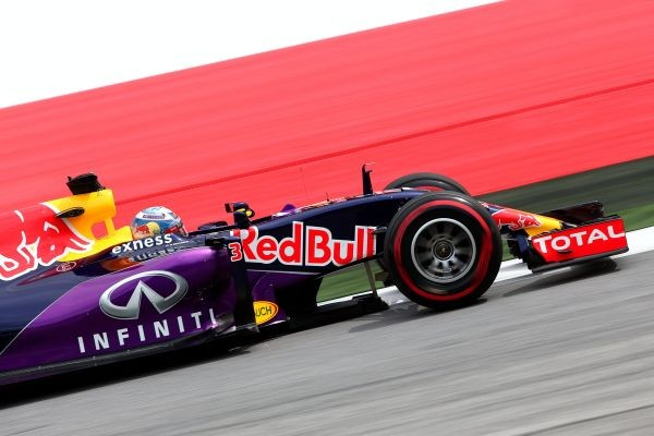 F1-2015-RED-BULL-RING-RED-BULL-RENAULT
