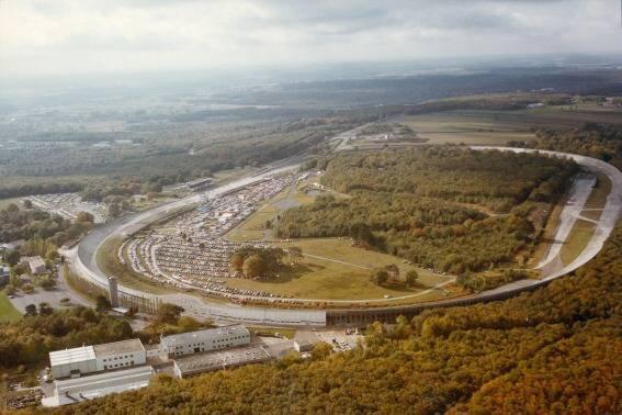 MONTLHERY-L'anneau de vitesse