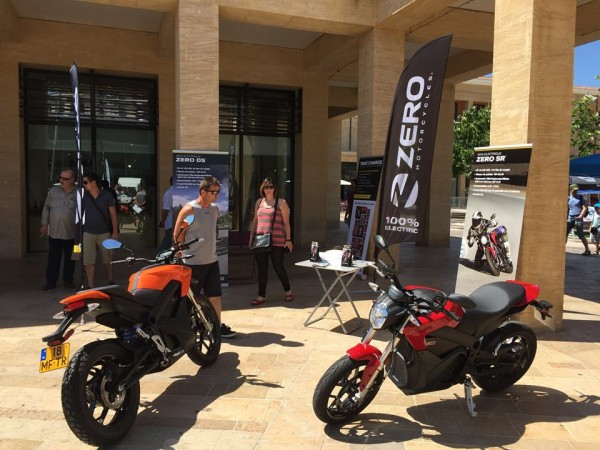 SALON EXCELAIR 2015 dES MOTOS ELECTRIQUES