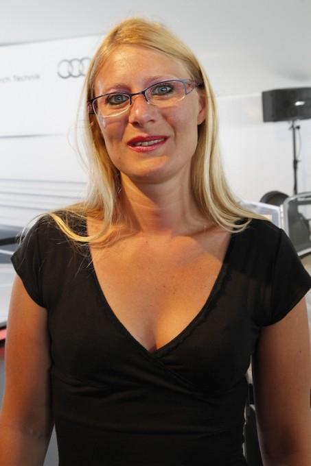VERONIQUE-DREUX-Une-jeune-femme-moderne-et-commissaire-de-piste