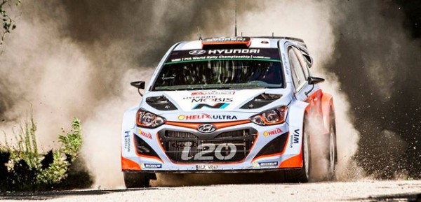 WRC-2015-SARDAIGNE-HYUNDAI-I20WRC-de-SORDO-la-plus-rapide-au-SHAKEDOWN