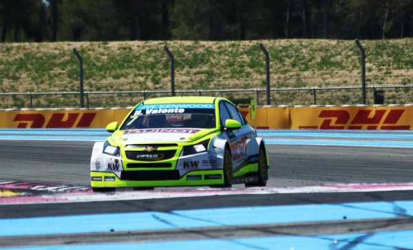 WTCC-2015-PAUL-RICARD-La-CHEVROLET-de-VALENTE-Photo-Jean-François-THIRY