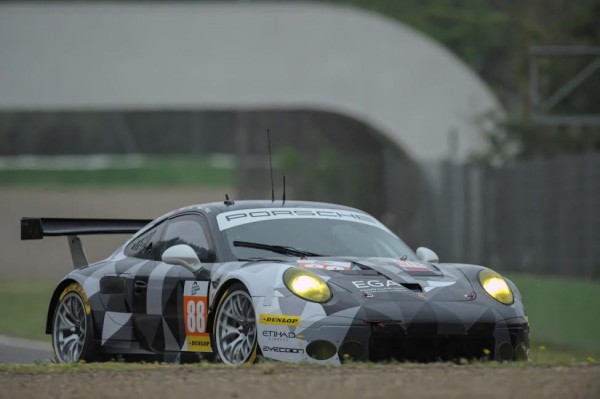 EUROPEAN-LE-MANS-SERIES-2015-IMOLA-PORSCHE-Team-PROTON-N°-88-Photo-Antoine-CAMBLOR