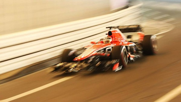 F1-2013-la-MARUSSIA-DE-JULES-BIANCHI-dans-le-tunnel-au-GP-de-MONACO-photo-Team.