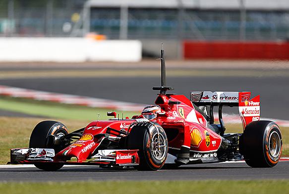 F1-2014-SILVERSTONE-Tests-prives-JULES-BIANCHI-le-plus-rapide-au-volant-de-la-FERRARI-de-Kimi-RÄIKKONEN-le-mercredi-9-juillet