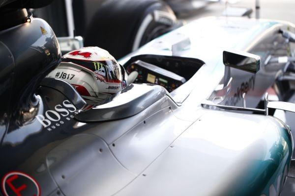F1-2015-BUDAPEST-LEWIS-HAMILTON-encore-le-plus-rapide-ce-samedi
