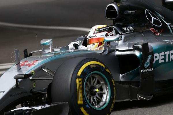 F1-2015-BUDAPEST-La-MERCEDES-de-LEWIS-HAMILTON