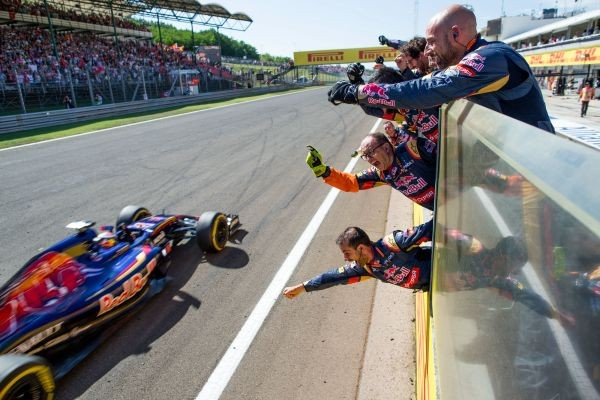 F1 2015 BUDAPEST MAX VERSTAPPEN ET SA TORO ROSSO