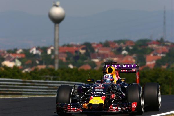 F1-2015-BUDAPEST-RED-BULL-RENAULT-de-DANIEL-RICCIARDO