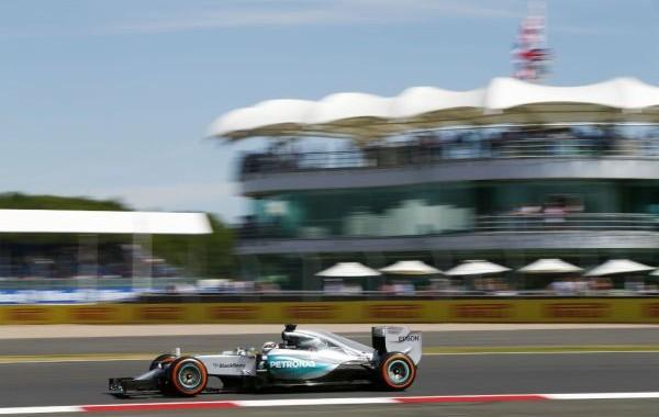 F1-2015-SILVERSTONE-MERCEDES-de-LEWIS-HAMILTON-