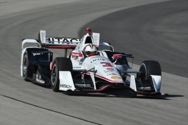 INDYCAR-2015-MILWAUKEE-HELIO-CASTRONEVES-second