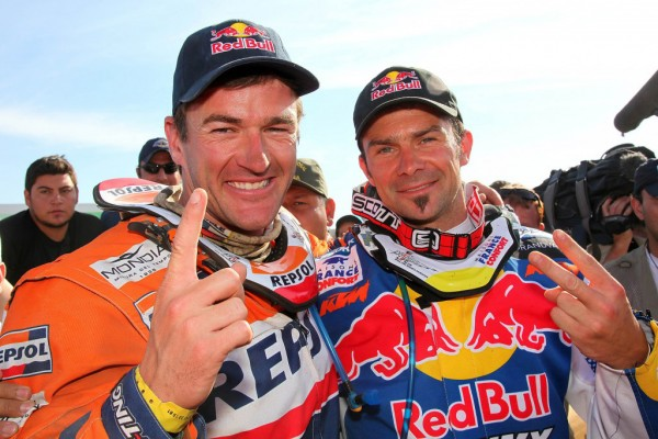 Marc-Coma-Cyril-Despres-Les-deux-incontourbnables-du-DAKAR-photo-autonewsinfo.