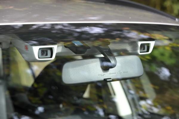SUBARU-OUTBACK-Etesight-Les-deux-caméras-en-Stéreo