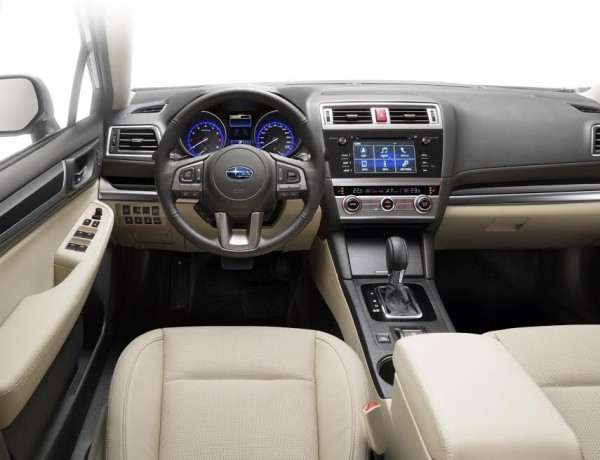 SUBARU-Outback-2.5i-S-EyeSight-interieur