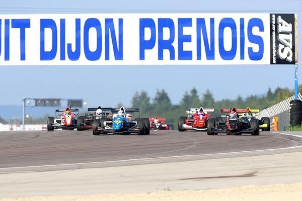 VdeV-2015-DIJON-depart-des-monoplaces.