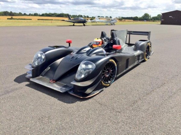 WEC-2015-Le-Team-STRAKKA-Racing-orend-possession-de-sa-nouvelle-GIBSON-015-S