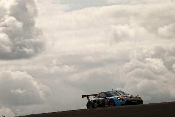WEC-2015-NURBURGRING-Porsche-911-RSR-N°77-Dempsey-Racing-Proton-Marco-Seefried-et-Patrick-Dempsey-