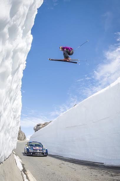 WRC-2015-DUEL-dans-les-neiges-de-FINLANDE-avec-SVINDAL-et-MIKKELSEN