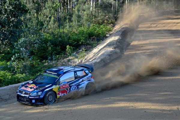 WRC-2015-La-VW-de-SEB-OGIER.