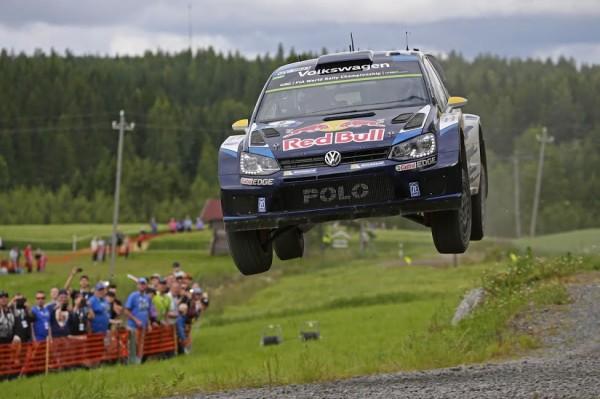 WRC-2015-FINLANDE-POLO-WRC-de-MIKKELSEN-FLOENE