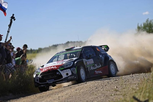 WRC 2015 POLOGNE  CITROEN DS 3- MADS OSTBERG ---