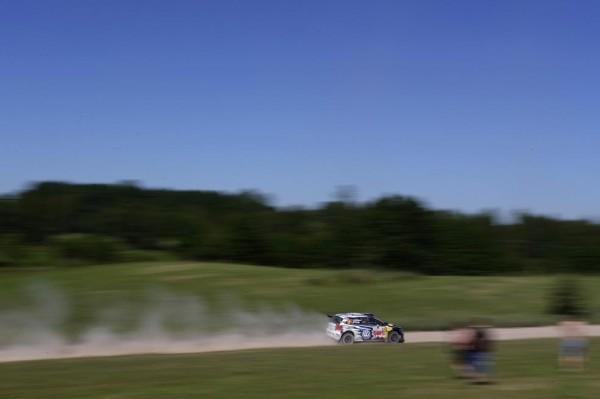 WRC-2015-POLOGNE-VW-POLO-MIKKELSEN-FLOENE.