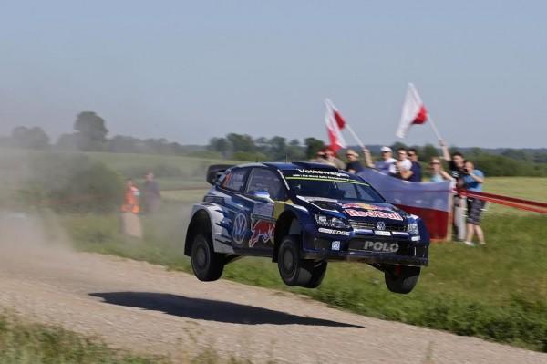 WRC-2015-POLOGNE-VW-POLO-OGIER-INGRASSIA