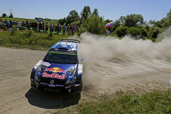 WRC-2015-POLOGNE-VW-POLO-WRC-de-Sebastien-OGIER