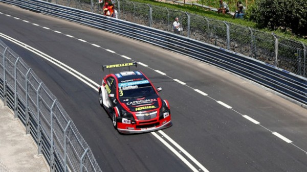 WTCC 2015 VOLA REAL CHEVROLET de TOM CHILTON