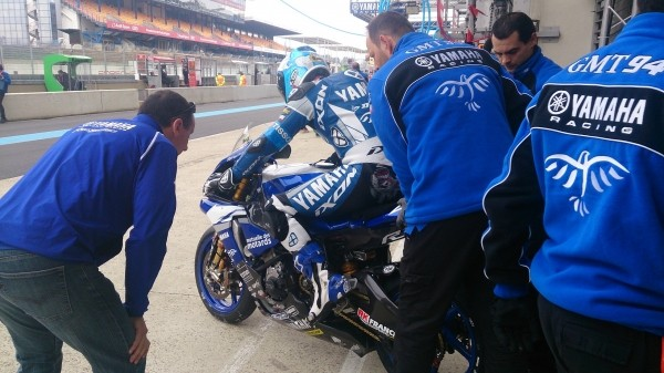 24-HEURES-DU-MANS-MOTO-2015-YAMAHA-GMT-94-Photo-GMT