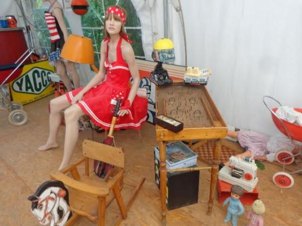 CAMPING-RETRO-LA-GAMBIONNE-a-GOUDARGUES-dans-le-GARD-Vue-du-petit-musée-consacré-aux-années-60