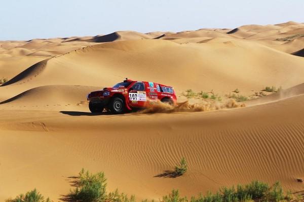 CHINA-GRAN-RALLY-Le-Team-DESSOUDE-un-habitué-des-Dunes-de-cette-épreuve.