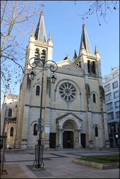 EGLISE-SAINT-LOUIS-DE-VICHY