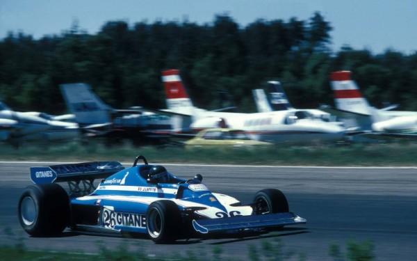 F1-GP-SUEDE-1977-JACQUES-LAFFITE-victorieux-le-dimanche-17-juin-1977-a-ANDERSTORP