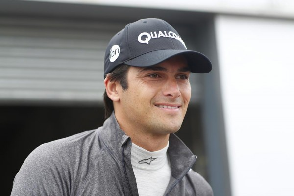 FORMULE-E-2015-DONINGTON-NELSON-PIQUET-Junior-LE-CHAMPION-2014-2015