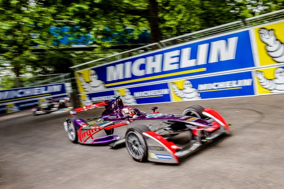 FORMULE-E-2015-LONDRES-SAM-BIRD