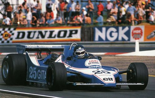 JACKY-ICKX-avec-la-LIGIER-en-1979. Photo Manfred GIET
