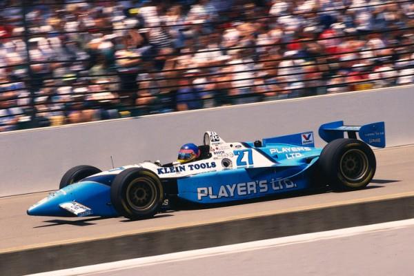 JACQUES VILLENEUVE 1er aux 500 Miles a Indianapolis en 1995
