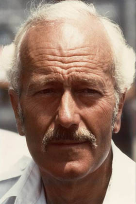 LOTUS-Colin-Chapman.