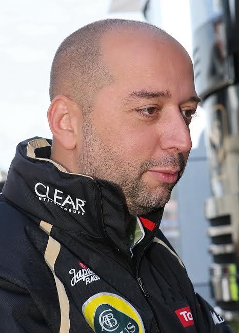LOTUS-F1-Gérard-LOPEZpropriétaire-du-Team-Lotus-©-Manfred-GIET