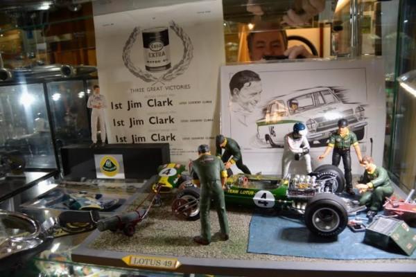 MUSEE-LOTUS-LUBERON-2015-JIM-CLARK-INOUBLIABLE
