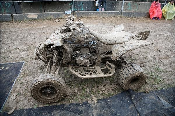 QUAD-2015-PONT-DE-VAUX-NO-COMMENT