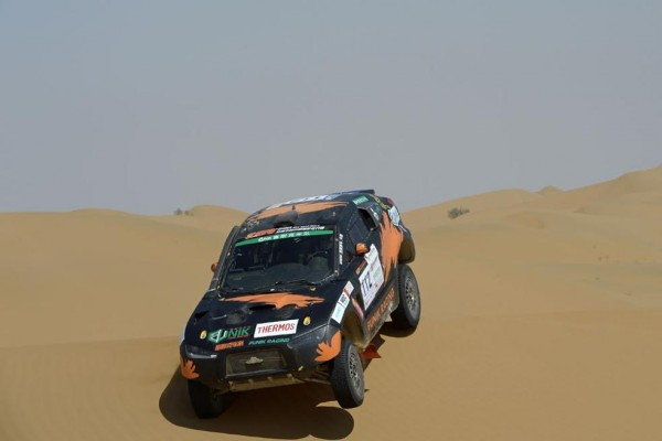 VHINA-SOLK-ROAD-RALLY-2015 112 LI HE - WU DAJUN - CHN - PANDA MRP10 during the 2015 China Silk Road rally, stage 2, from Zhong Wei to Tian E Lake on august 31th 2015, China. Photo Eric Vargiolu / DPPI